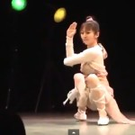 日本女子的機械舞蹈